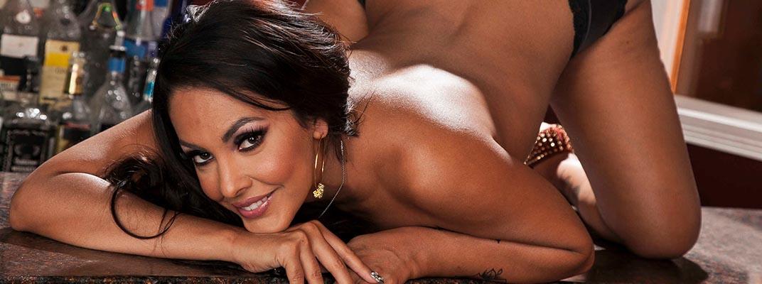 actrices porno maduras Nina Mercedez
